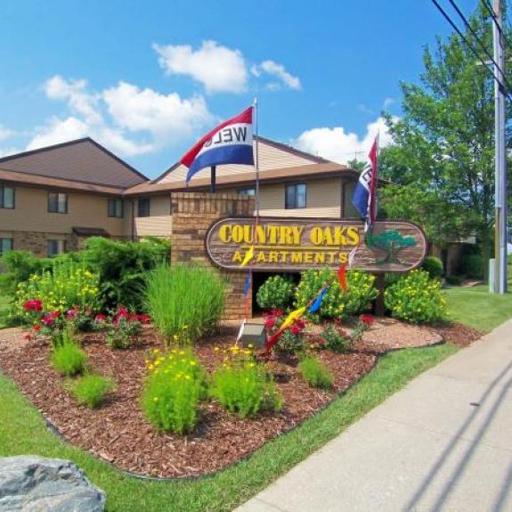 Country Oaks Apartments: Country Oaks Apartments